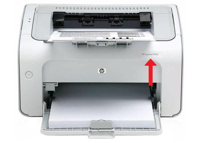 Где на принтере HP P1005 указана модель.